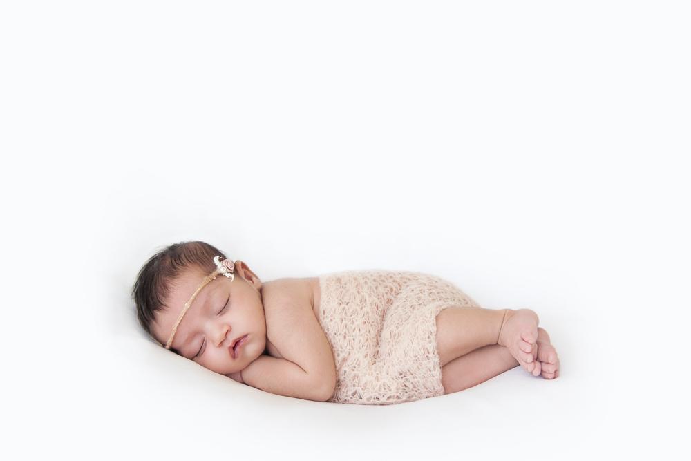 newborn (33 of 49)